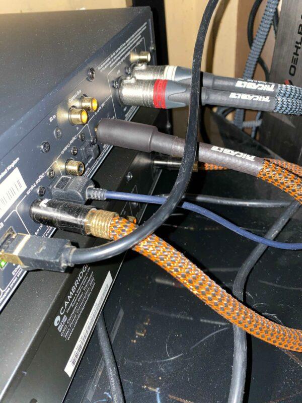 USB Magnus Antonio